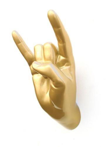 Thelermont Hupton - Złoty wieszak - Dłoń
