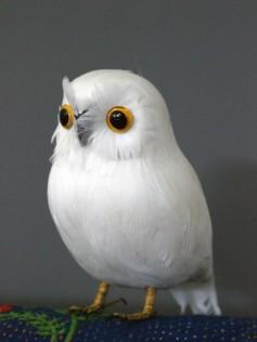 Sztuczne ptaki  z piór naturalnych - Sówka