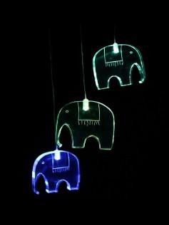 Lampka nocna LED - Zawieszka dla dziecka - Słoń